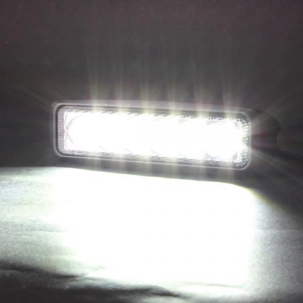 Projecteur led de travail 18w ext rieur ip67 noir for Lampe projecteur exterieur