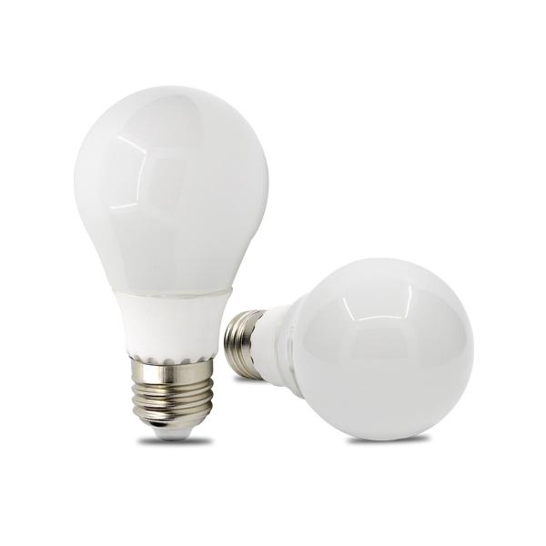 ampoule led bulbe e27 9w 12v dc blanc chaud 12 50 produits divers. Black Bedroom Furniture Sets. Home Design Ideas